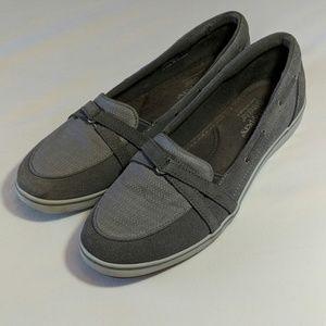 Grasshopper Ortholite Grey Slip-on Shoe!